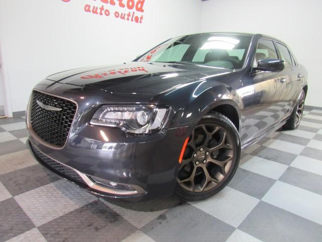2019 Chrysler 300 S V6 RWD