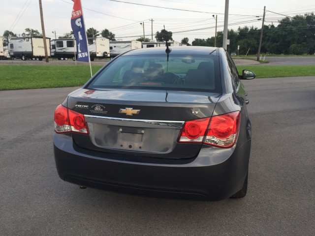 2013 Chevrolet Cruze 1LT Auto for sale at Mull's Auto Sales