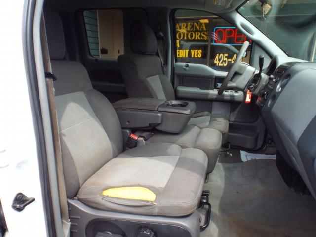 2005 FORD F150 SUPERCREW for sale at Carena Motors