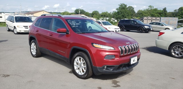 2014 Jeep Cherokee Latitude 4WD for sale at Mull's Auto Sales