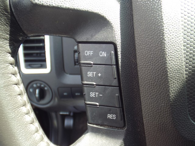 2011 FORD ESCAPE LIMITED for sale at Carena Motors