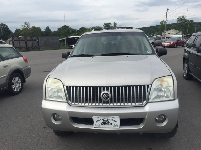 2003 Mercury Mountaineer Convenience 4.6L AWD for sale at Mull's Auto Sales
