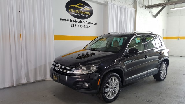2012 VOLKSWAGEN TIGUAN SE for sale at Tradewinds Motor Center