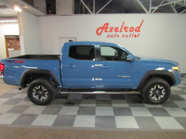2019 Toyota Tacoma SR5 Double Cab V6 6AT 4WD in Cleveland
