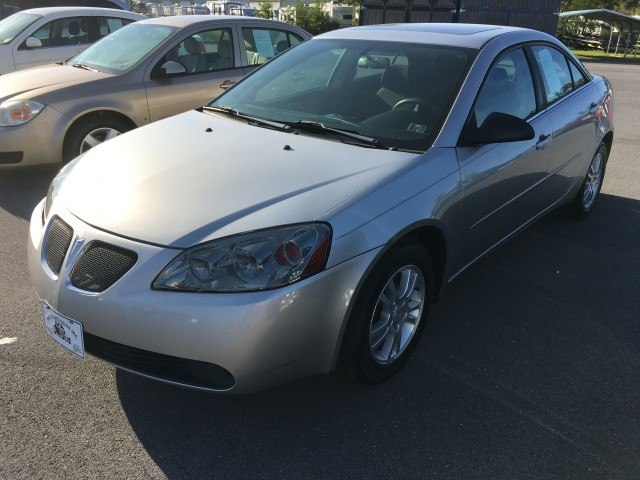 2005 Pontiac G6 Base for sale at Mull's Auto Sales
