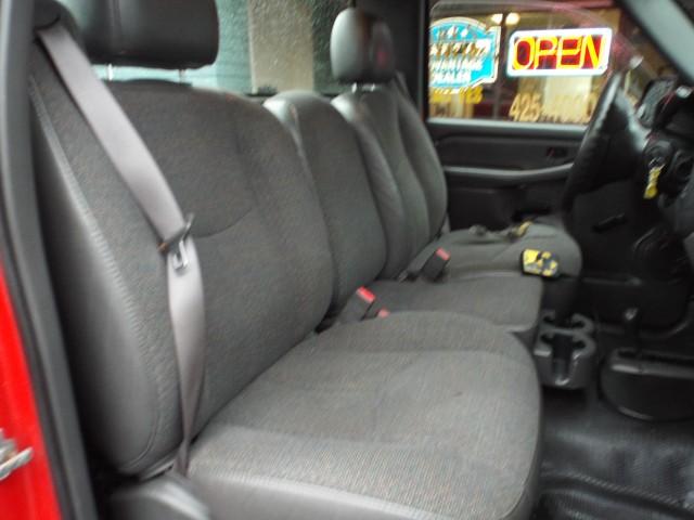 2005 CHEVROLET SILVERADO 2500  HEAVY DUTY for sale at Carena Motors