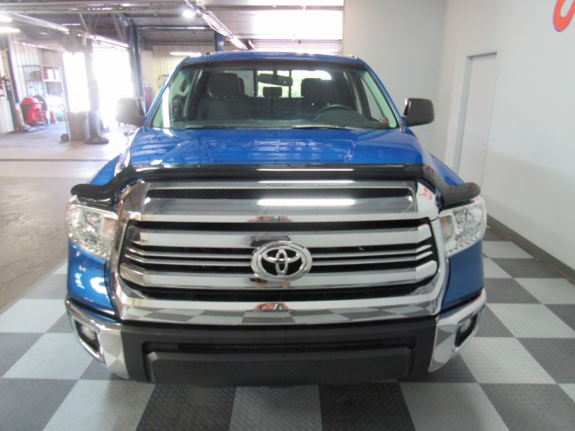 2017 Toyota Tundra SR5 TRD Off-Road 5.7L V8 Double Cab 4WD in Cleveland
