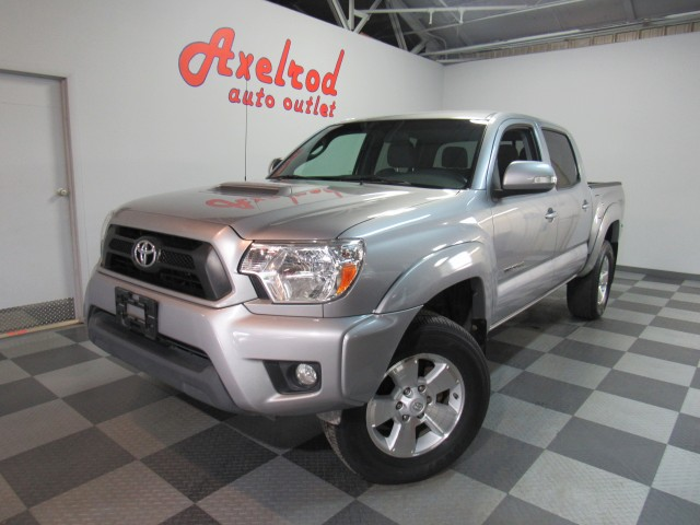 2015 Toyota Tacoma Double Cab TRD Sport V6 5AT 4WD in Cleveland