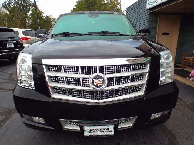 2013 CADILLAC ESCALADE PLATINUM for sale at Carena Motors