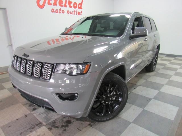 2020 Jeep Grand Cherokee Altitude Edition  4WD