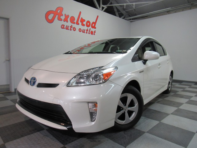 2015 Toyota Prius Three in Cleveland