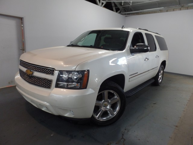 2013 chevrolet suburban ltz 1500 4wd for sale at axelrod auto outlet view other sport. Black Bedroom Furniture Sets. Home Design Ideas