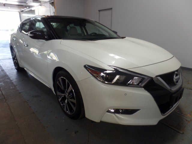 2017 nissan maxima 3 5 sl for sale at axelrod auto. Black Bedroom Furniture Sets. Home Design Ideas