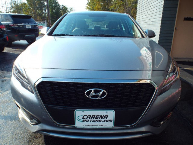 2016 HYUNDAI SONATA HYBRID for sale at Carena Motors