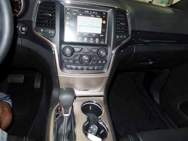 2016 Jeep Grand Cherokee Overland 4WD in Cleveland