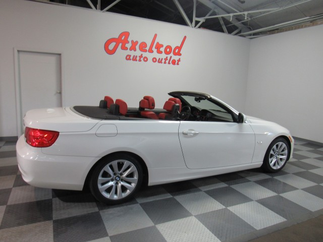 2013 BMW 3-Series 328i Convertible - SULEV in Cleveland