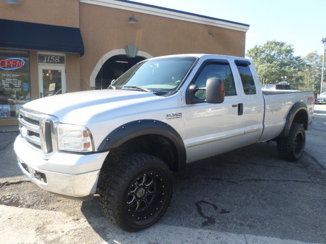 2006 FORD F350 SRW SUPER DUTY for sale at Action Motors