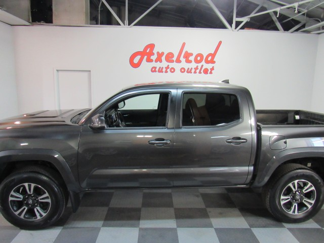 2017 Toyota Tacoma SR5 Double Cab TRD Sport 4WD in Cleveland