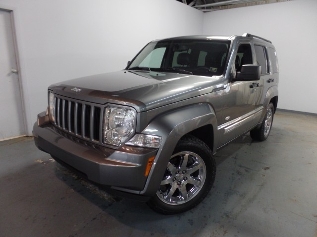 2012 Jeep Liberty Latitude Edition  4WD