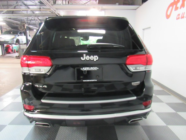 2018 Jeep Grand Cherokee Summit 4WD in Cleveland