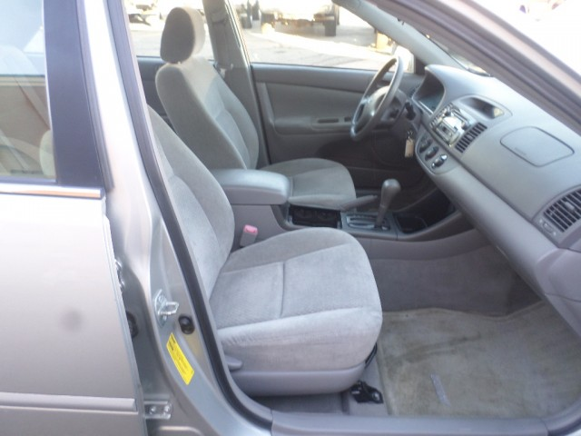 2005 TOYOTA CAMRY LE for sale at Action Motors | Painesville