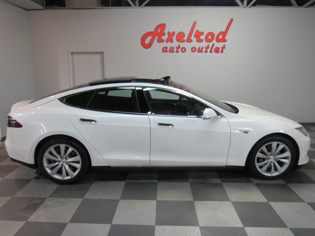 2016 Tesla Model S 90D in Cleveland
