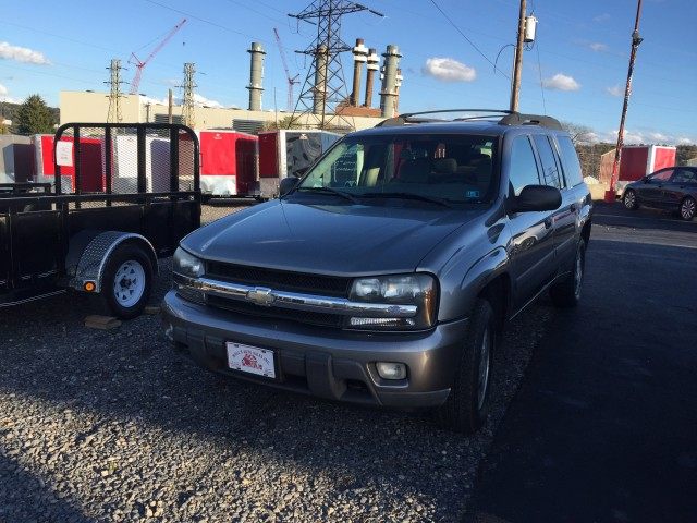 2005 Chevrolet TrailBlazer EXT LS 4WD for sale at Mull's Auto Sales