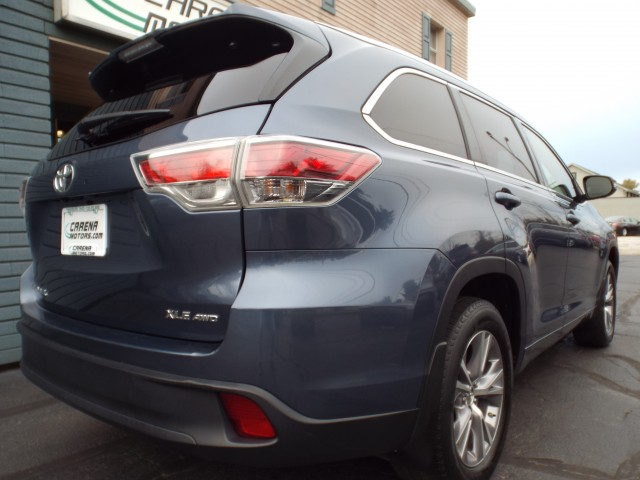 2015 TOYOTA HIGHLANDER XLE for sale at Carena Motors