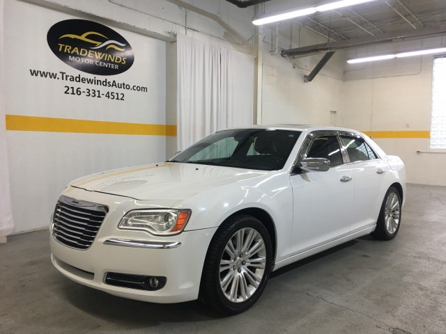 2011 CHRYSLER 300C  for sale at Tradewinds Motor Center