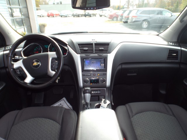 2011 CHEVROLET TRAVERSE LT for sale at Carena Motors