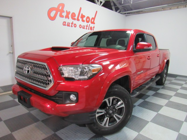 2017 Toyota Tacoma SR5 Double Cab TRD Sport  Long Bed V6 6AT 4WD