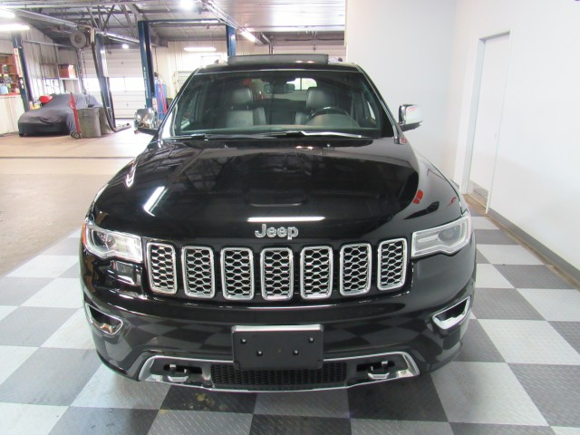 2019 Jeep Grand Cherokee Overland 4WD in Cleveland