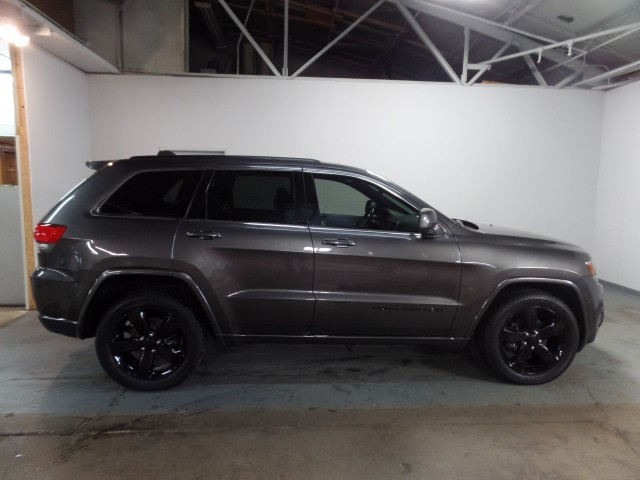 ... 2014 Jeep Grand Cherokee Altitude Edition 4WD In Cleveland ...