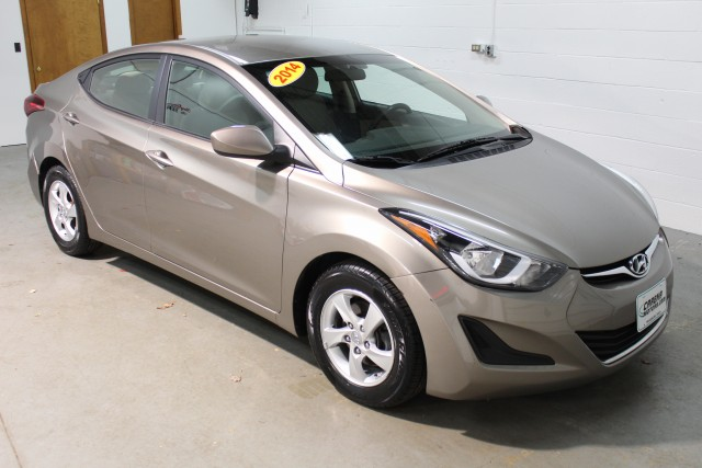 2014 HYUNDAI ELANTRA SE for sale | Used Cars Twinsburg | Carena Motors