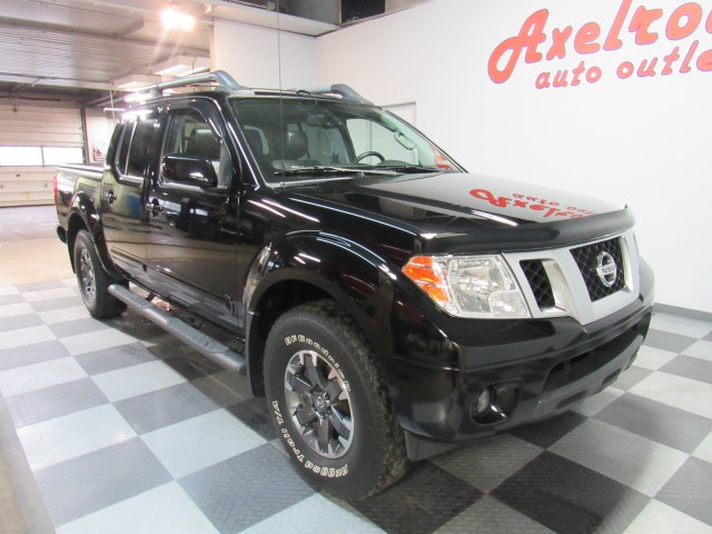 2014 Nissan Frontier PRO-4X Crew Cab 4WD in Cleveland