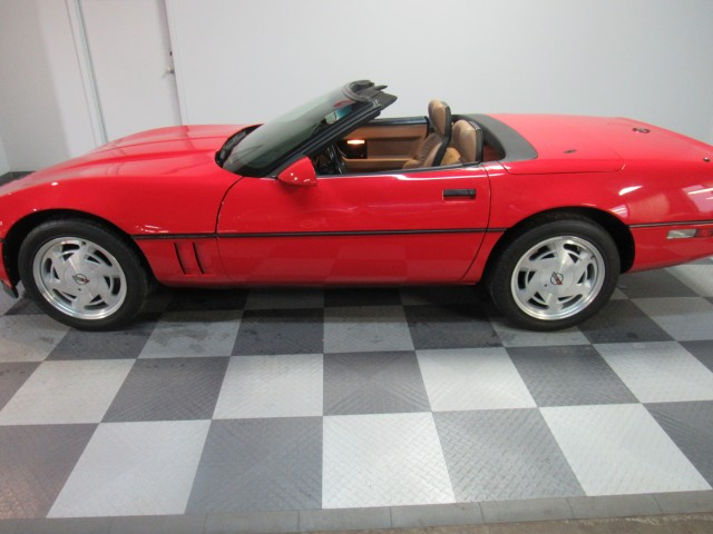 1989 Chevrolet Corvette Convertible in Cleveland