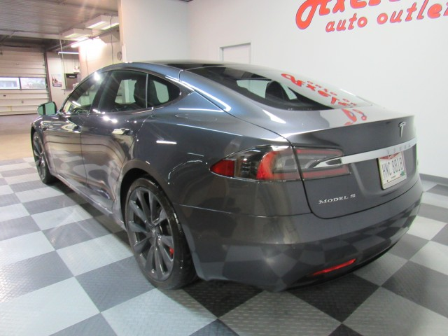 2018 Tesla Model S P100D AWD | For sale at Axelrod Auto Outlet