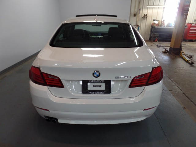 2012 BMW 5-Series 528i xDrive | For sale at Axelrod Auto