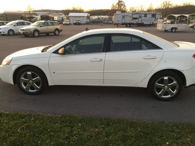 2008 Pontiac G6 GT Sedan for sale at Mull's Auto Sales