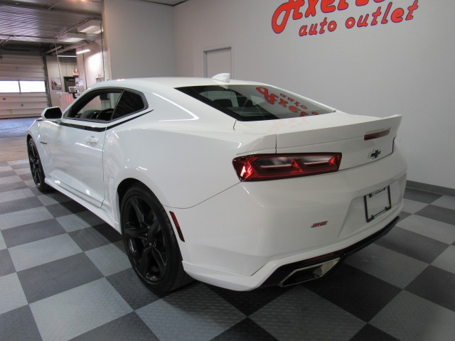 2018 Chevrolet Camaro 1SS Coupe 6M in Cleveland