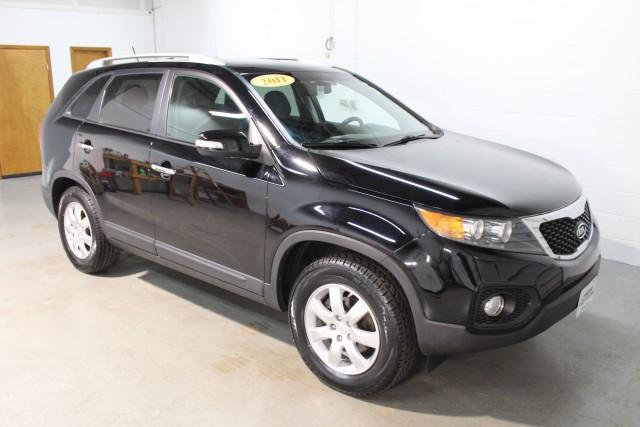 2011 KIA SORENTO LX for sale | Used Cars Twinsburg | Carena Motors
