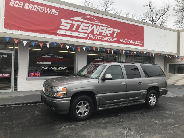 2005 GMC YUKON XL DENALI for sale at Stewart Auto Group