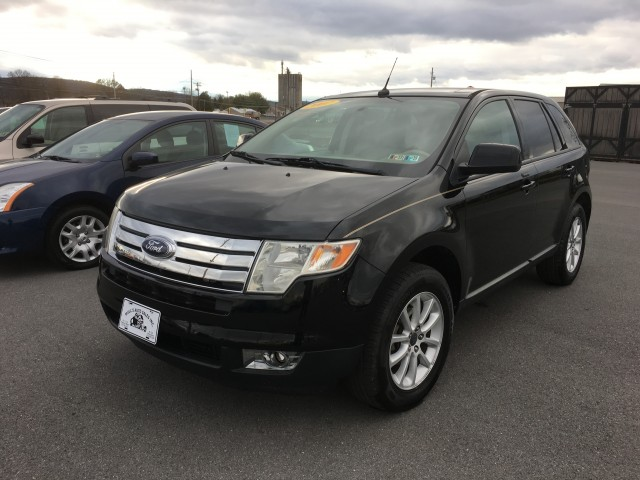 2007 Ford Edge SEL Plus FWD for sale at Mull's Auto Sales