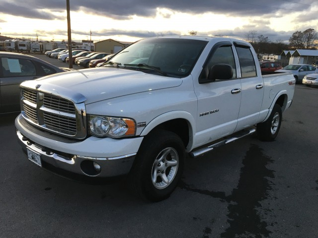 2004 Dodge Ram 1500  for sale at Mull's Auto Sales