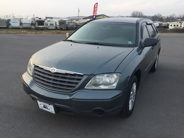 2006 Chrysler Pacifica FWD for sale at Mull's Auto Sales