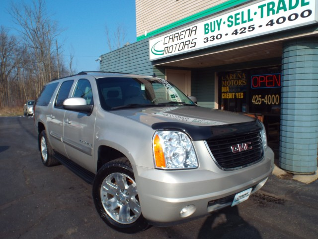 2009 GMC YUKON XL for sale at Carena Motors