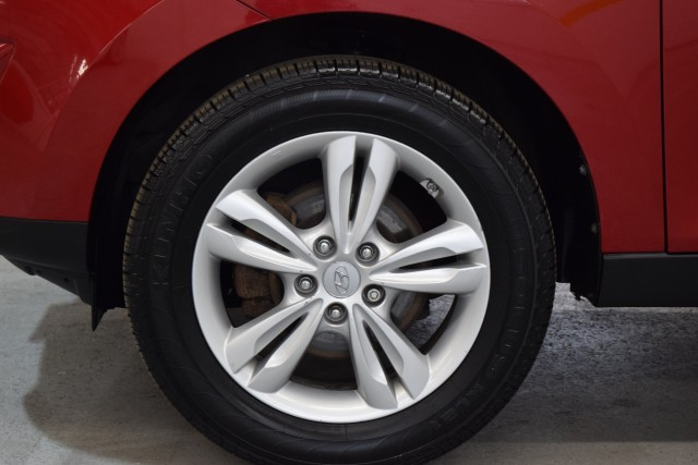 2013 HYUNDAI TUCSON GLS for sale at Tradewinds Motor Center
