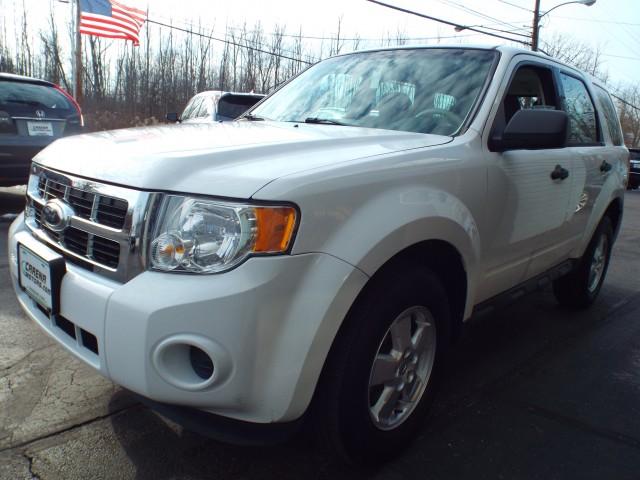2012 FORD ESCAPE XLS for sale at Carena Motors