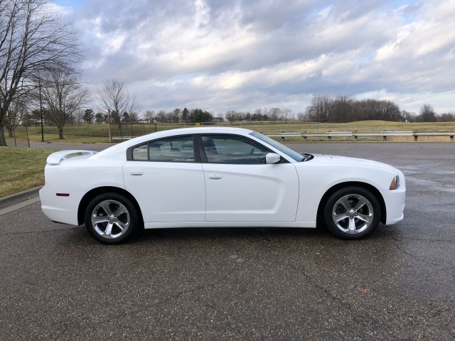2013 Dodge Charger SE for sale at Summit Auto Sales