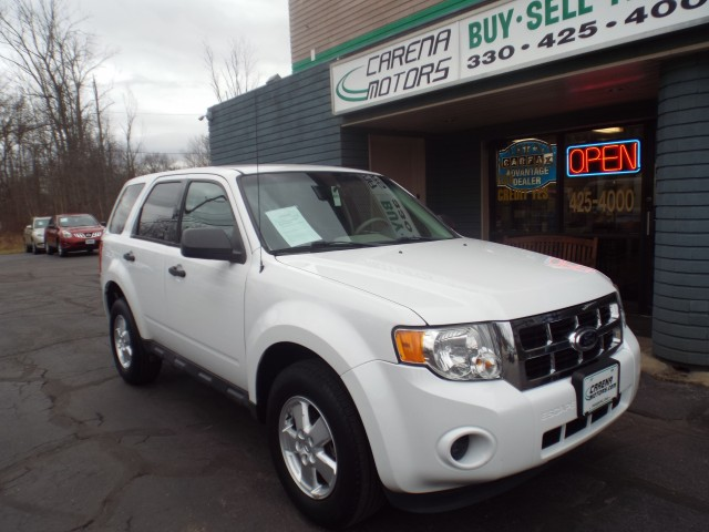 2012 FORD ESCAPE for sale at Carena Motors